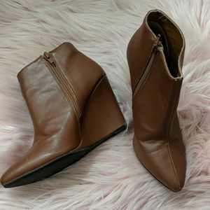 Brown leather ankle wedge booties - Size 7.5